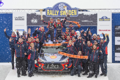 Hyundai-teamet firar