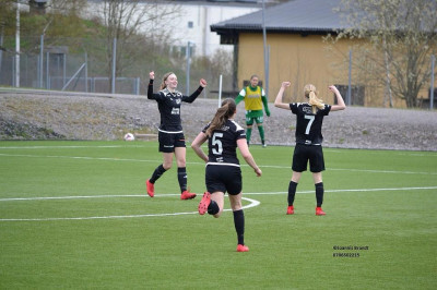 Segerglädje i Tranås FF/Torpa AIF efter seger mot BK Tinnis
