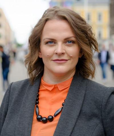 Eva Cooper
