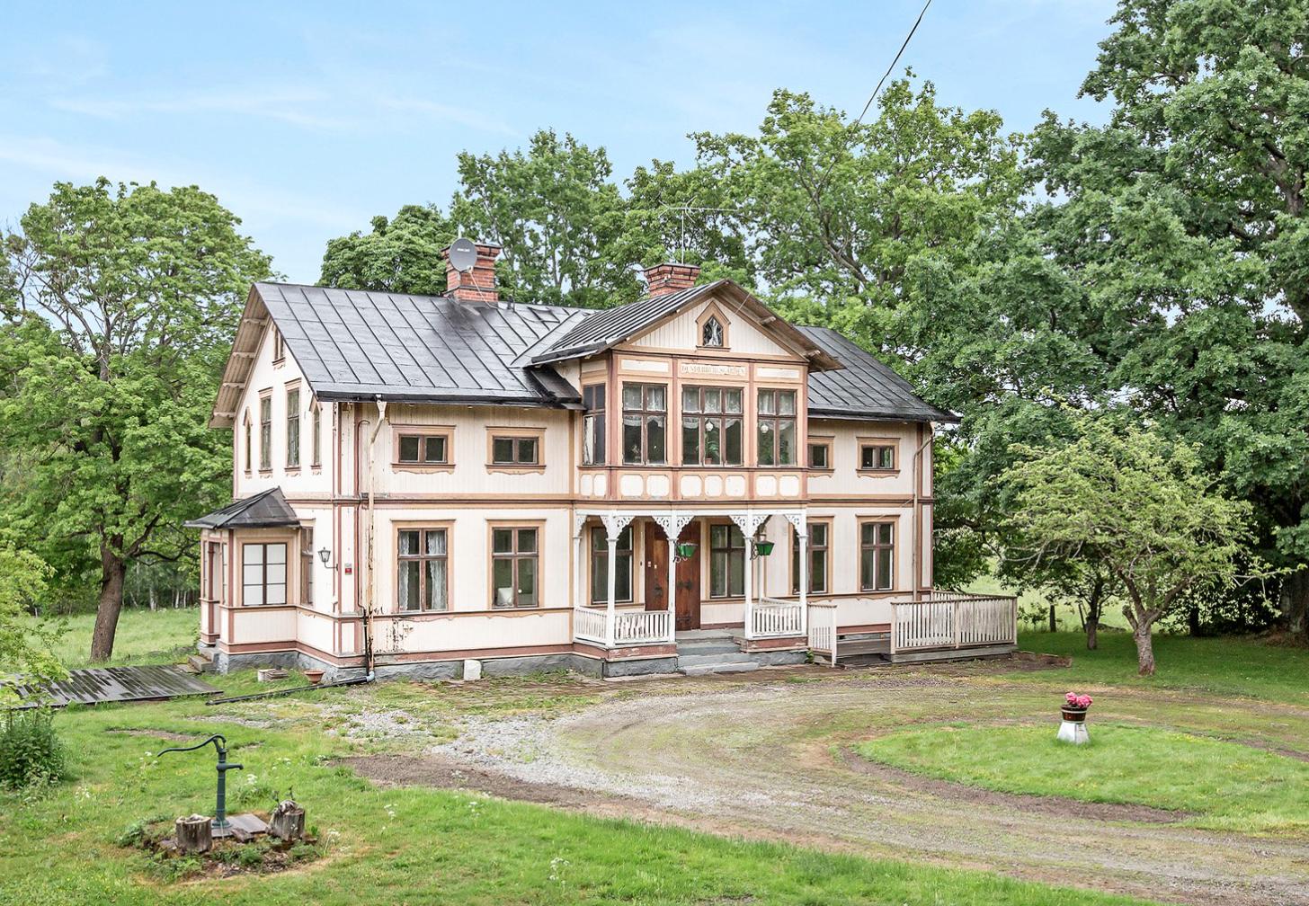 Dunderbergsgården i Ockelbo till salu