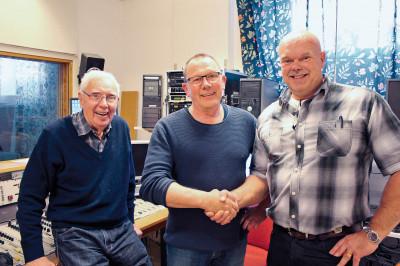 Lars Rosenblom, Kauko Nisukangas välkomnar samarbetet med Joe Formgren.