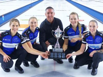 Mingla med Curlinglandslaget på Bilmetro