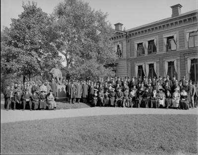 Huvudkontoret 1891. Antalet anställda i verket är 1 120 (foto Carl Larssons Fotografiska Ateljé AB)