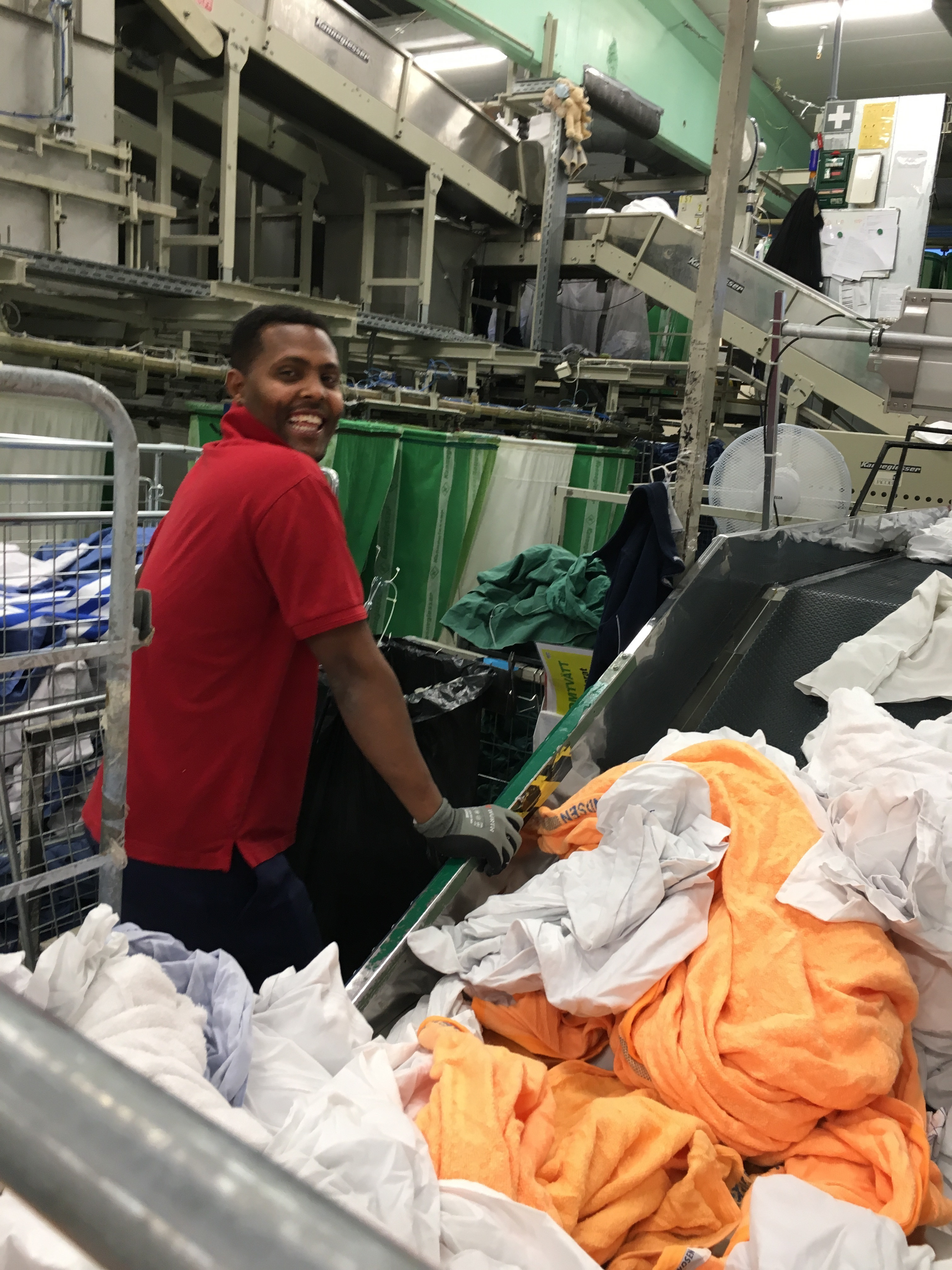 Inmatning av tvätt i process line