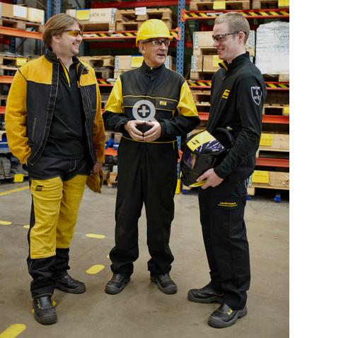 Skärpning av lagen om arbets- och skyddskläder (PPE-kläder)