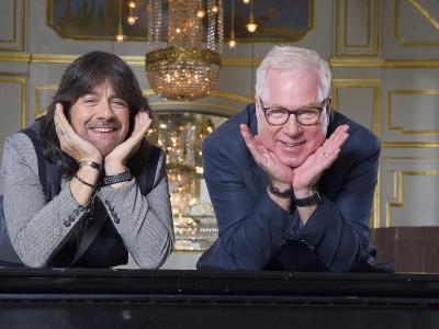 Robert Wells firar Rhapsody In Rock 30 år och släpper självbiografin Blod svett & toner