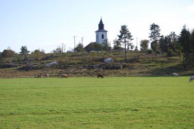 Tossene kyrka. Foto Lars Rydbom Bohusläns Museum