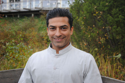 Prameet Kotak - Qualified as a life coach, yoga teacher and a personal trainer.