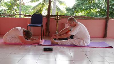 Alla behöver inte vara lika viga. Yoga är för alla.