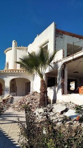 Den här villan är färdigrenoverad och drivs som uthyrningsverksamhet.