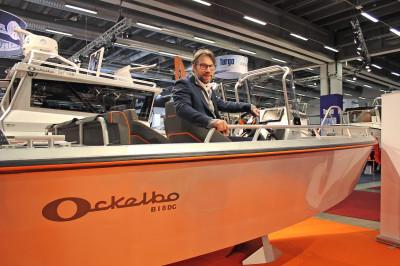 Tidigare hockeyproffset och entreprenören Peter Forsberg är i dag huvudägare och tillverkare av Ockelbo aluminiumbåtar.