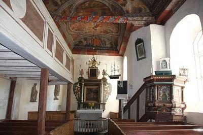 Svenneby gamla kyrka, interiör