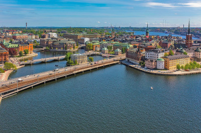 Svensk flyttstädning nu i Stockholm.