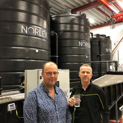 Jens Hed och Mikael Eklund, Hofors med renat tvättvatten