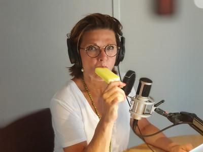 """Premiär för Katrin Sundbergs podcast """"Mina roliga kompisar""""!"""