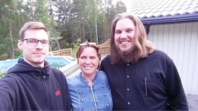 Annica med sönerna