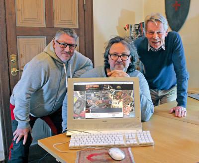 Micke Finell flankerad av Jimmy Dyrebrant och Roffe Berg.