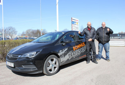 Pär Ramberg och Pär Dahlstedt på Bomhus Trafikskola är redo att utbilda varumärkestrafikanter.